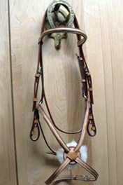 Raised Stitched Figure 8 Noseband